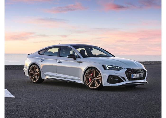 Модернизация в 2019 году одновременно затронула обе модификации семейства RS5: купе и лифтбек